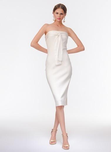 Davet Çok Elbisem Yok Elbise Beyaz